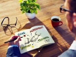 Axa partners with startups