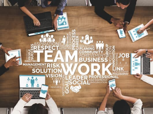 Qui s'occupe des collaborateurs dans l'entreprise ? Différents rôles, différentes approches